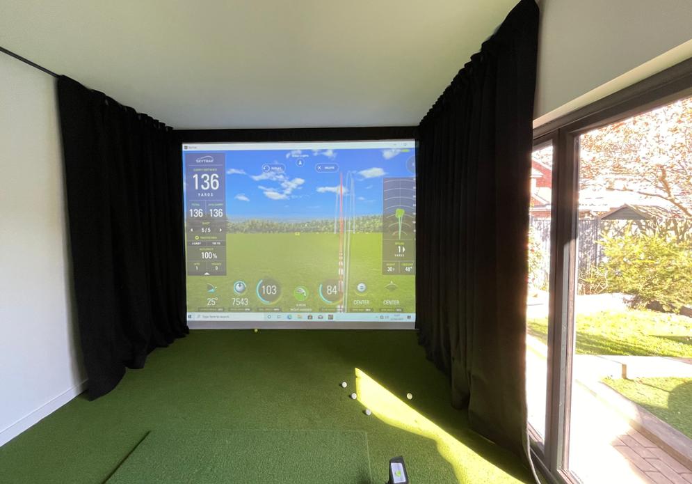 Skytrak golf simulator