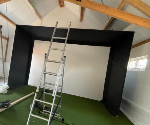 Golf Screens